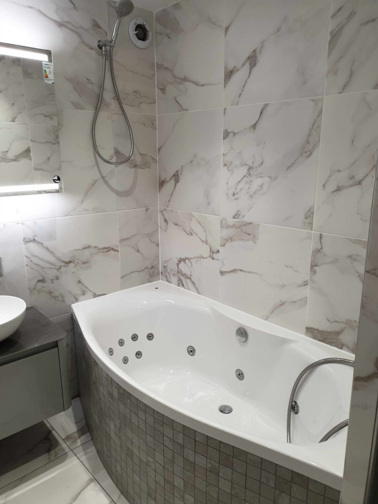 Bathroom Fitting And Tiling Project